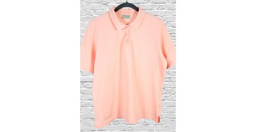 Картинка с розовой женской футболкой поло оверсайз