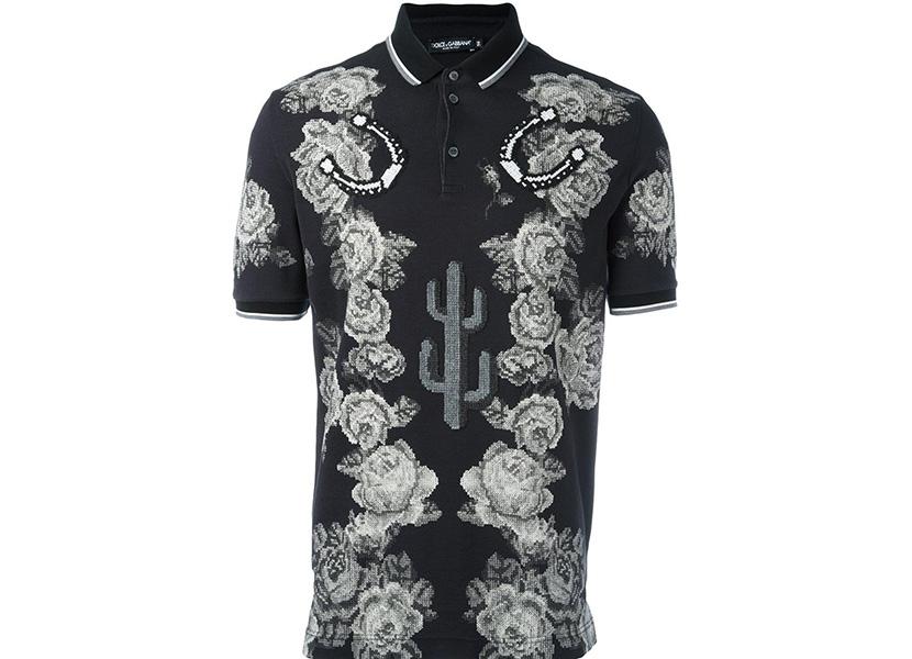 Изображение мужской футболки с узором из цветов